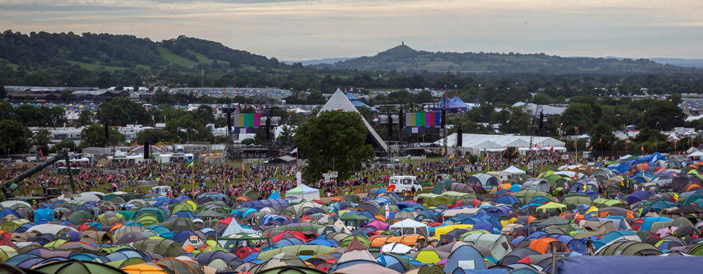 Photo of crowds at Glastonbury